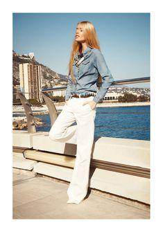 6895baf67ffc3e Simply chic in white pants and denim shirt - Sofya Titova 80s Fashion,  Fashion Pants