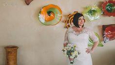A beautiful bride & her bouquet…she's rocking it! #CaboFlowersandCakes #Cabowedding #TheCaboFloralExpert www.loscabosflowers.com @sunsetdamonalisa
