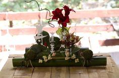 和風ウェルカムボードー竹ースタンダード(和の結婚式におすすめ、竹、アマリリス、コケ玉)