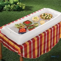Creative Inflatable Serving Table Storage Trays for Salad Food Drinks Bar Hold Ice Cooler Party Picnics Accessories White