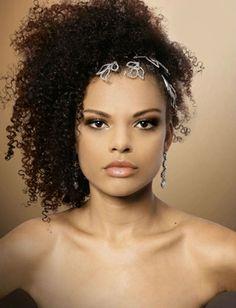 Penteados de noivas com cabelos afro