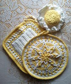 Lemon Meringue Amazing Starburst Potholder Set with Lid Grabber Hat Hand Crocheted 100% USA Cotton $32