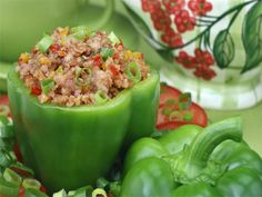 Dukan Diet - Attack Phase - Stuffed Peppers...sub out the ground meat with quinoa or rice! Voila!