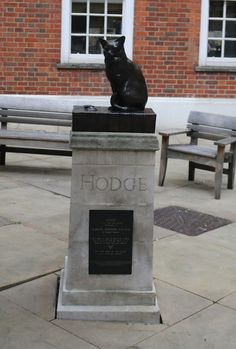 Samuel Johnson's cat, Farringdon | 21 Amazing Secret Places To Find In London