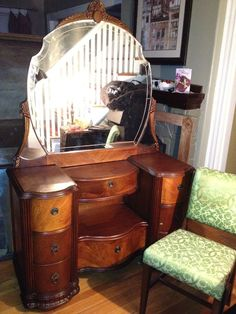 """Antique Art Deco Vanity with Engraved Shield Mirror. I'm not a """"vanity"""" person, but I'd love this in a front hallway as a console table. Art Deco Furniture, French Furniture, Classic Furniture, Furniture Styles, Vintage Furniture, Vanity Table Vintage, Vanity Tables, Art Deco Vanity, Childrens Bedroom Furniture"""