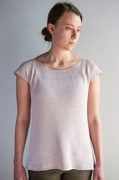 Knitting isn't just for winter scarves and hats! Knit this wonderfully airy top this summer! Summer Knitting, Lace Knitting, Baby Knitting Patterns, Knitting Sweaters, Crochet Patterns, Sweater Patterns, Knitting Charts, Knitting Ideas, Pullover Sweaters