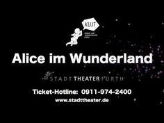 TV Spot Alice im Wunderland  Alice im Wunderland Schauspiel mit Musik nach Lewis Carroll Nachdem beim letztjährigen Weihnachtsstück Der kleine Prinz zu den verschiedenen Planeten begleitet wurde geht die Reise in fantastische Welten in der neuen Spielzeit weiter. Im diesjährigen Familienstück darf Alice und dem weißen Kaninchen ins Wunderland gefolgt werden. Das Kinderbuch Alice im Wunderland aus der Feder des britischen Schriftstellers Lewis Carroll erschien erstmals 1865 und kann heute…