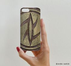 Se vende en: http://rockyandrolly.es/carcasas-iphone-5s/589-carcasa-diseno-023.html