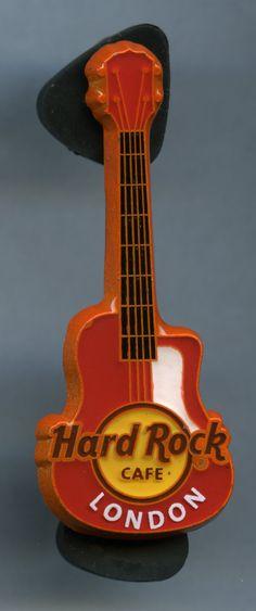 London - Hard Rock Cafe Guitar Pin