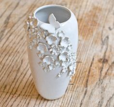 flora butterfly vase