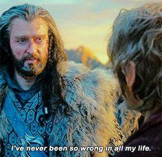 Thorin and Bilbo hug 1