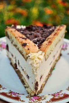 Cakes with Pisces and Ness Beautiful Pie Crusts, Romanian Desserts, Romanian Food, No Cook Desserts, Love Eat, Cafe Food, Pastry Cake, Savoury Cake, Desert Recipes