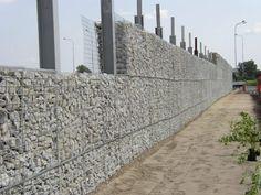 BUILDING A GABION WALL