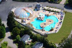 Camping Domaine de Bel Air. Camping met leuk zwembad en pretpark met waterglijbanen met gratis toegang voor campinggasten. Website: http://www.belaircamping.com/