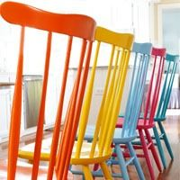 Spray Painted Chairs - best spray paint to use for chairs.
