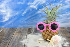 pineapple with sunglasses by liveslow