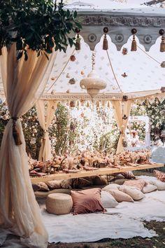 Boho Garden Party, Garden Party Decorations, Wedding Decorations, Bohemian Party Decorations, Boho Party Ideas, Garden Parties, Boho Baby Shower, Bridal Shower, Picnic Birthday