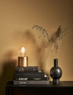 Living Room Colors, My Living Room, Home Wall Colour, Home Bedroom, Bedroom Decor, Gold Rooms, Decoration Inspiration, Modern Room, Interior Styling