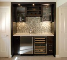 Wet bars for small spaces wet bar ideas small wet bars for Wet bar ideas for living room