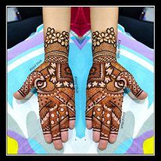 Arabic Bridal Mehndi Designs, Palm Mehndi Design, Peacock Mehndi Designs, Full Mehndi Designs, Henna Art Designs, Stylish Mehndi Designs, Mehndi Designs For Beginners, Mehndi Design Pictures, Dulhan Mehndi Designs