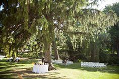 Love the beverage station  New York wedding photographer Sofia Negron  Appleford Estate