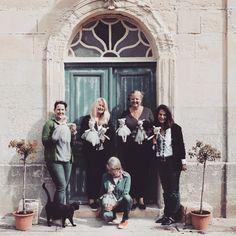 Here are the lovely group of ladies from my first workshop in France. We had so much fun making Sugar Plum Chateau Mice! Mollie Makes, White Cottage, Bridesmaid Dresses, Wedding Dresses, Mice, Plum, Fairy Tales, Awards, Workshop