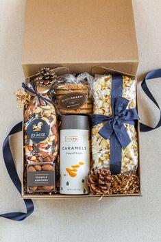 LUX BOX Company is a Massachusetts based gifting company. Gift Box For Men, Diy Gifts For Men, Diy For Men, Diy Gift Box, Gifts In A Box, Gift Boxes, Party Box, Company Gifts, Box Company