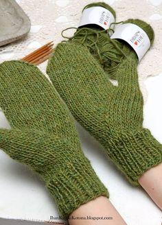 Kokeilin neuloa intialaisen peukalon muuten ihan tavallisiin lapasiin. Lankana Dropsin alpakka-villa-pellava lankaa, puikot nro 5. Ja... Knitting Charts, Knitting Stitches, Knitting Yarn, Hand Knitting, Knitting Patterns, Wool Gloves, Knitted Gloves, Mittens Pattern, Knit Mittens