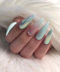 Get your nail inspo here! A… - Best Trend Nails Perfect Nails, Gorgeous Nails, Love Nails, Pretty Nails, My Nails, Glam Nails, Stiletto Nails, Beauty Nails, Almond Acrylic Nails