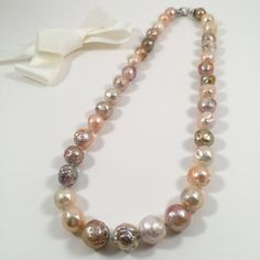 Gorgeous Chinese Kasumi Pearl Necklace. Natural freshwater nucleated pearl necklace. Beautiful multi-color baroque pearl necklace by JiaojiaosPearls on Etsy