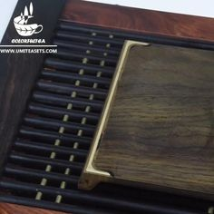 The tea tray, also known as the Chachuan (tea ship) and Chaxi (tea wash), it is a essencial item for gongfu tea and gongfu tea ceremony. This gongfu tea tray is used for brewing tea in the traditional Chinese Gong Fu style. It is used for carrying the tea set, tea and other tea accessories. Small Tea, Tea Tray, Brewing Tea, How To Make Tea, Tea Accessories, Tea Ceremony, Traditional Chinese, Afternoon Tea, Tea Set