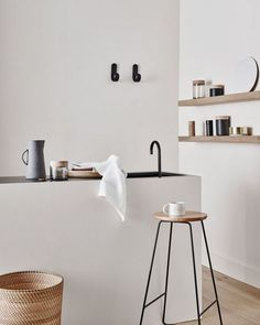 Apartment: Modern Architecture and Scandinavian Interior Design of A Bright Apartment - 138 Awesome Scandinavian Kitchen Interior Design Ideas www. Scandinavian Style Home, Scandinavian Kitchen, Scandinavian Interior Design, Interior Design Kitchen, Home Design, Design Ideas, Interior Modern, Kitchen Designs, Design Styles