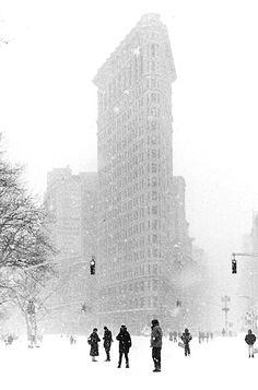 NYC. Snowy scene around Flatiron Building