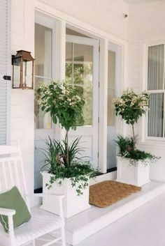 Home Decor Ideas Modern Our Front Porch Makeover - Gal Meets Glam.Home Decor Ideas Modern Our Front Porch Makeover - Gal Meets Glam Front Porch Plants, Front Porch Design, Front Porch Garden, Front Door Planters, Garden Planters, Porch Planter, Front Porch Lights, Front Porch Steps, Garden Entrance