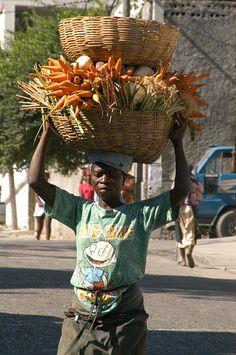 vegetable vendor, Haiti.  Photo: AbcFotoVideo, via Flickr.