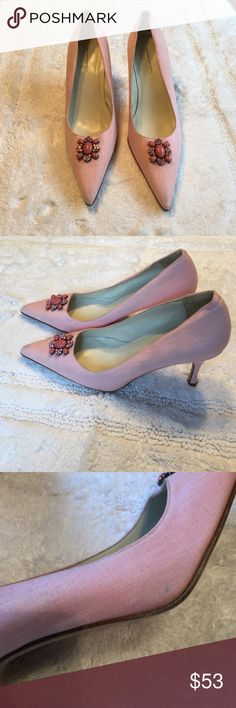 Women's Banana Republic Linen Shoes. Size 9 Italian made Pink Linen shoes.  Worn once.  See picture- small spot on side.  (Not noticeable) Leather sole.  Beautiful Pink Beads make this a beautiful shoe to add to your collection.  Size 9 Banana Republic Shoes Heels