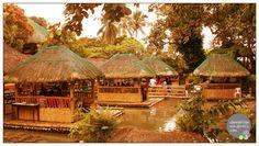 http://pinterest.com/ronleyba/filipino-recipes-philippine-foods-filipino-dish/ Kamayan sa Palaisdaan (floating restaurant), #Philippines #food
