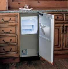 Sub-Zero Undercounter Refrigerators fit the flow of your home, in any room. Explore our integrated refrigerator drawers, beverage centers, undercounter refrigerators, freezers and ice makers Nugget Ice Maker, Ice Cube Maker, Bars For Home, Ice Maker, Kitchen Built Ins, Sub Zero Appliances, Kitchen, Ice Machine Kitchen, Refrigerator