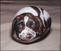 Hand painted rocks: dogs: springer spaniel 2