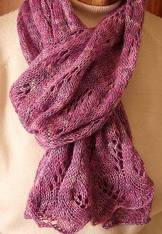 A lovely light weight scarf.