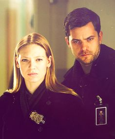 Olivia & Peter #Fringe. I could look at him, listen to him speak, all day long.