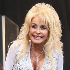 Dolly parton interview - youtube, Dolly parton is not just boobs and bleached hair if anyone thought so.