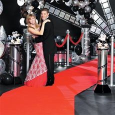 Youll Look Ravishing On The Red Carpet With A Prom Theme As Glamorous