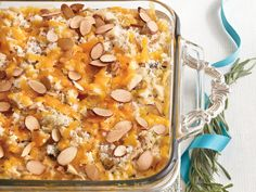 Chicken-and-Wild Rice Casserole - 101 Best Comfort Food Classics - Southernliving. Recipe: Chicken-and-Wild Rice Casserole Using a long-grain and wild rice mix and toasted almonds in chicken casserole makes it a little bit dressier and fit for company. Chicken Wild Rice Casserole, Chicken And Wild Rice, Cooked Chicken, Chicken Rice, Rotisserie Chicken, Freezer Chicken, Almond Chicken, Ranch Chicken, Cheesy Chicken