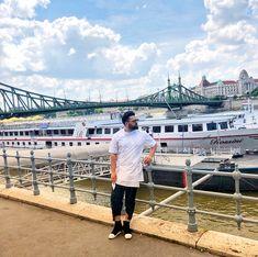 #lifestyle #doctorstyle #budapest noroc ca astia au știut ce sa facă cu Dunărea lor...altfel nu merita efortul #😇 #me #2018 #travel #doctorlazarescu #drlazarescu