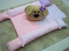 Pode ser usado como redutor de berço, ninho ou tapete de brincar. Produzido em vários temas e cores.