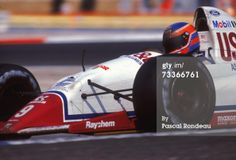 Martin Donnelly competing in an Arrows