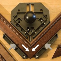 Miter Tight Picture Frame Clamp - Rockler Woodworking Tools