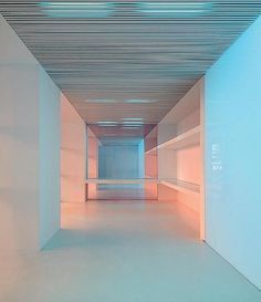 It doesn't always have to be about intensity. Here's some soft color at play in a modern space. Light's play on architecture. Interior Exterior, Interior Architecture, Interior Design, Color Interior, Light Architecture, White Space, Neon, Lighting Design, Lighting Ideas
