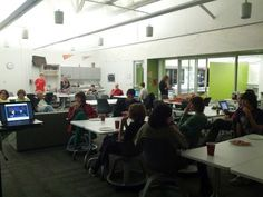 Twitter bringing students together for a debate tweet up! #MYParty12 http://storify.com